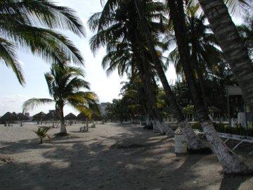 Hospedaje y Alojamiento En Costa Esmeralda